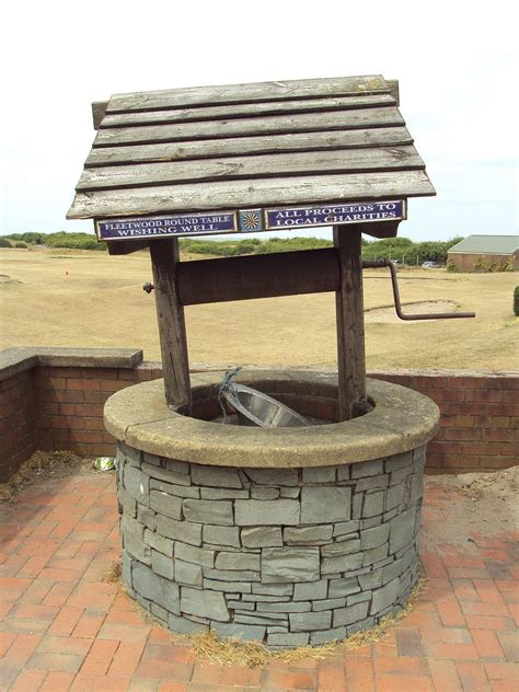 Wishing well - Wikipedia