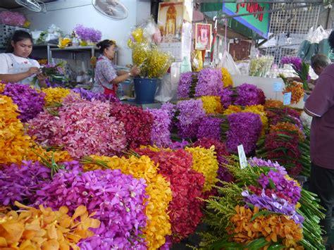 bangkok flower market la vie boheme travel