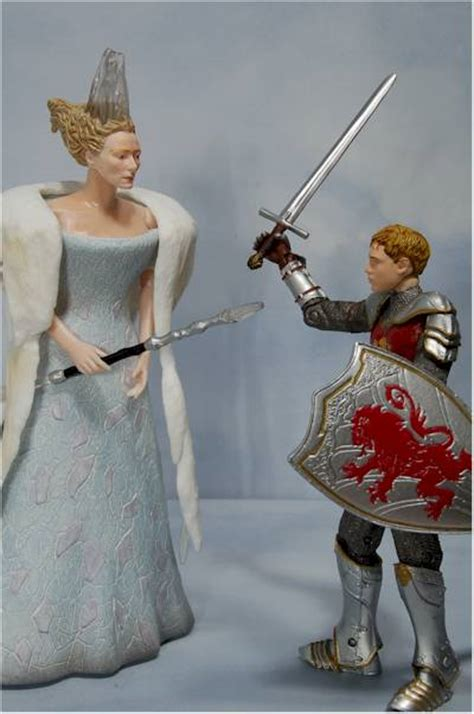 chronicles  narnia action figures  toy review