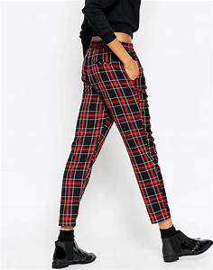 Les 25 meilleures idees de la categorie pantalon tartan for Pantalon carreaux ecossais