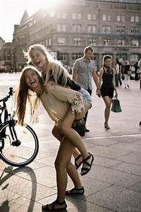 best friend goals- - image #4020104 by helena888 on Favim.com