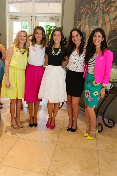 What Do I Wear To A Bridal Shower by Best 25 Bridal Shower Ideas On