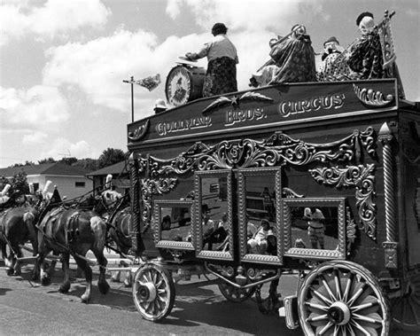 vintage circus wagon photograph  retro images archive