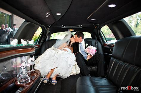 Wedding Limo by Top 3 Wedding Transportation Methods