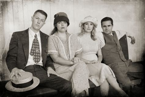 bonnie und clyde verkleidung photo flash meet the cast of mtg s bonnie and clyde