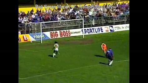 Lawak Penjaga Gol  Bola Sepak Dunia  Funny He3 Youtube