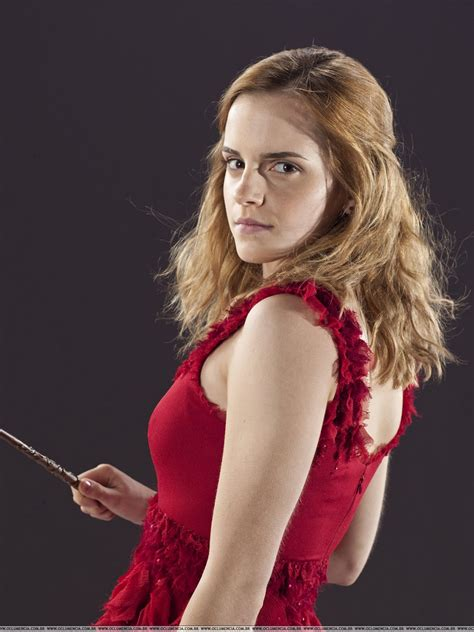 hermione granger 7 watson updates more and more pictures of watson