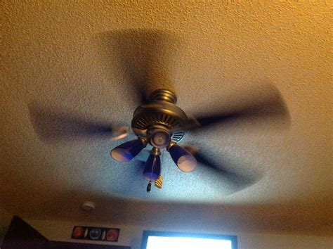 what direction should a ceiling fan go in the winter ceiling fan spin which way should a ceiling fan spin