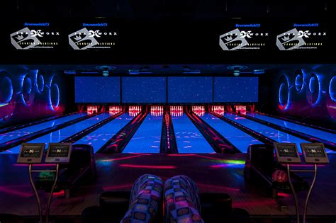 vip suite private bowling  poelking lanes south