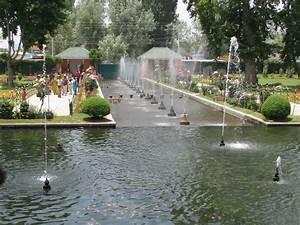 Panoramio - Photo of Shalimar Garden, Srinagar