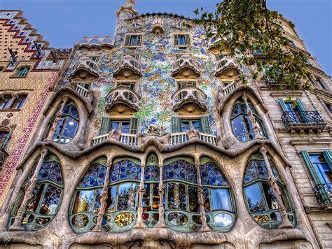 Casa Batilo by Casa Batll 243 The Masterpiece By Antoni Gaud 237 Barcelona