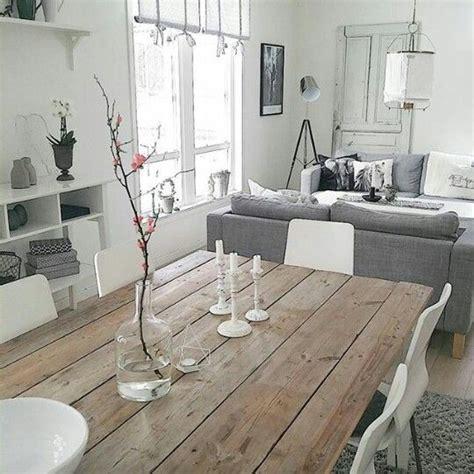 sala tono gris mesa comedor de madera salones en