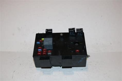Fuse Box For 2003 Saturn Vue by 2003 2004 2005 Saturn Vue Fwd Vti At 2 2l 4 Cyl