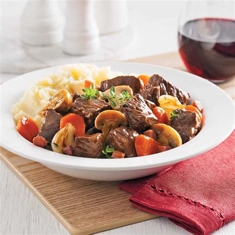 cuisiner le boeuf bourguignon meilleures recettes mijoteuse