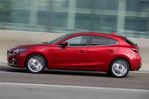 Dimension Mazda 3 : mazda 3 2014 production road test road tests honest john ~ Maxctalentgroup.com Avis de Voitures