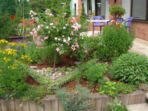 Small Herb Garden Design Photograph