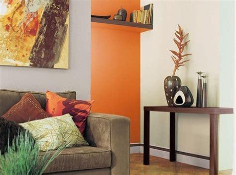 canapé couleur taupe canapé taupe mur couleur chaude deco peinture