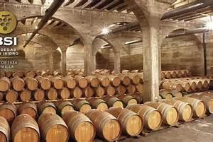 Cata de Vino en Cuevas del Real Cortijo de San Isidro para ...