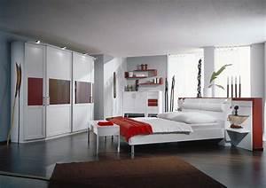 Schlafzimmer In Weiß Einrichten : schlafzimmer lack wei und rot ~ Michelbontemps.com Haus und Dekorationen