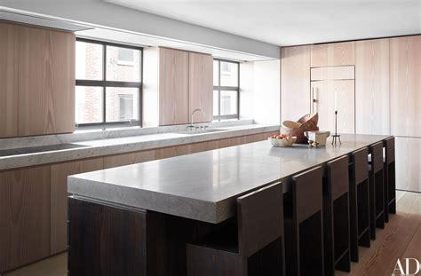 minimalist kitchen island 17 pared exles of minimalist living 4143