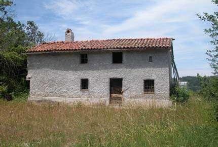 huis te koop 30000 euro roccavignale rustiek land huis vrijstaand te