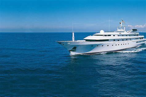 luxury trump donald waleed al yachts talal bin prince yacht history amazing princess trumps 1980 khashoggi billionaire million saudi