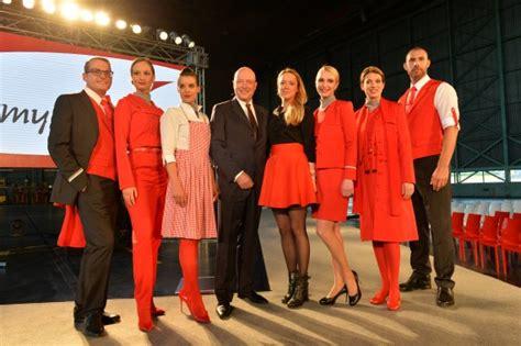 außen und innen fotobericht aua stellt neue uniformen und marke quot myaustrian quot vor austrian wings