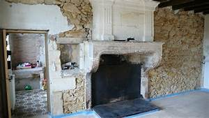 renovation cheminee et murs en moellons pierre chaux With renovation mur pierre interieur