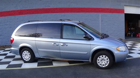 Chrysler 2005 Town And Country by 2005 Chrysler Town Buffyscars