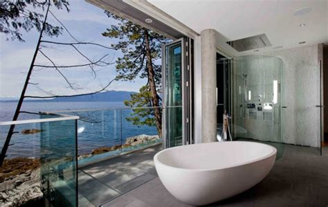 gorgeous bathrooms  amazing view