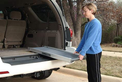 Practical And Safety Dog Ramp For