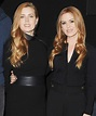 Isla Fisher Replaced Her Face with Amy Adams's on a ...