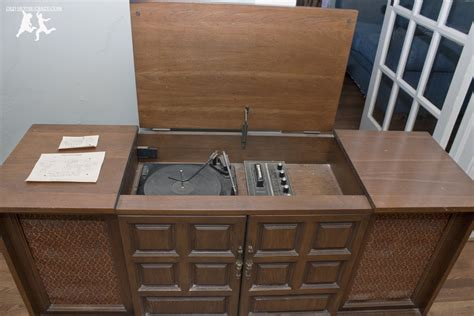 vintage tv stereo cabinet updating restoring an old stereo console diy part 1