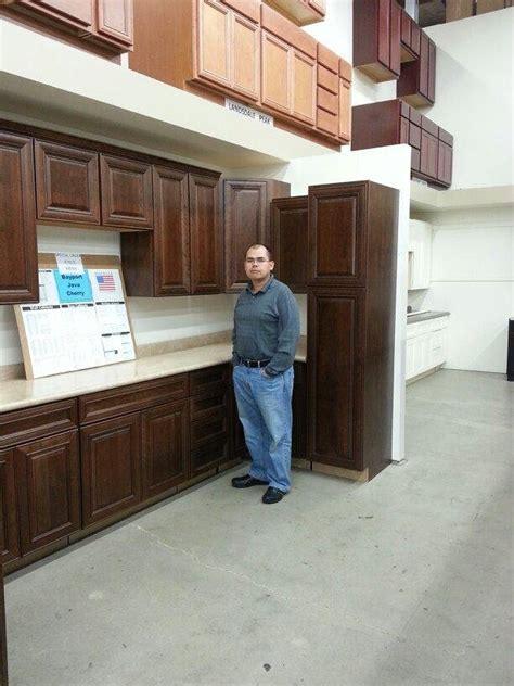 builders surplus kitchen bath cabinets