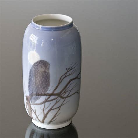 royal copenhagen vases vase with owl royal copenhagen no r347 107 dph trading