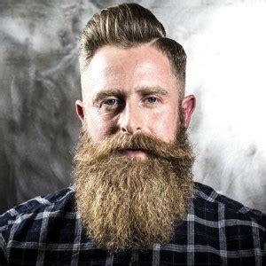 Hoe snel groeit een baard