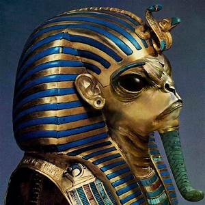Proof of Aliens In Ancient Egyptian Hieroglyphs, Relics ...  Egyptian