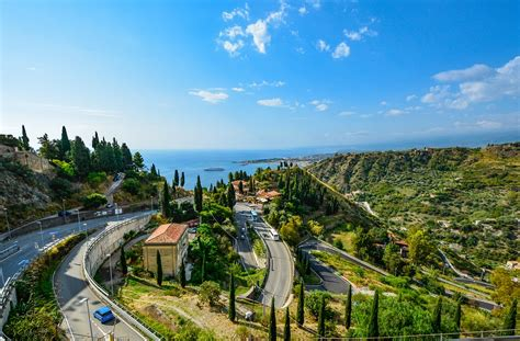 sicily taormina view  photo  pixabay