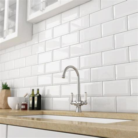 Victoria Metro Wall Tiles  Gloss White  20 X 10cm In