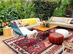 10 whimsical bohemian patio ideas rilane With deco de terrasse exterieur 10 deco salon hippie chic
