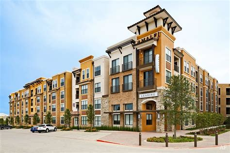 Frisco Appartments by Amalfi Stonebriar Frisco Tx Apartment Finder