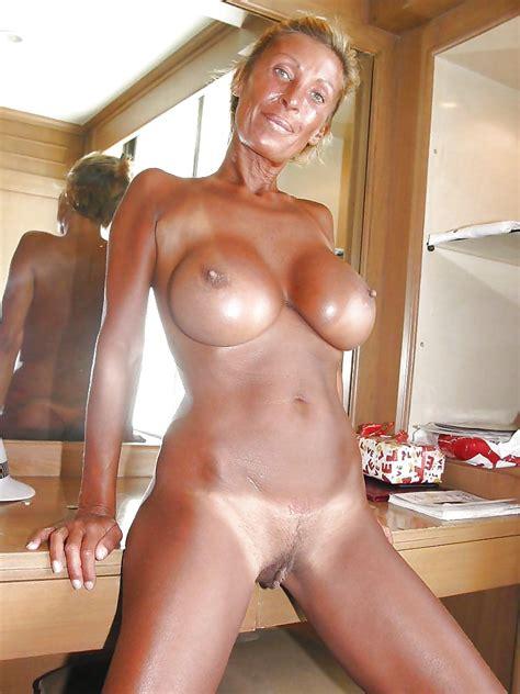 Hot Tan Lines Milfs Matures Fotos XHamster