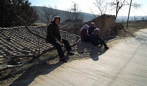 Rural exodus leaves a shrinking Chinese village full of ...