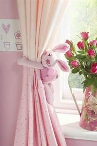 idees en 50 photos pour choisir les rideaux enfants With rideaux chambre fille rose