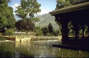 File:Shalimar gardens.jpg