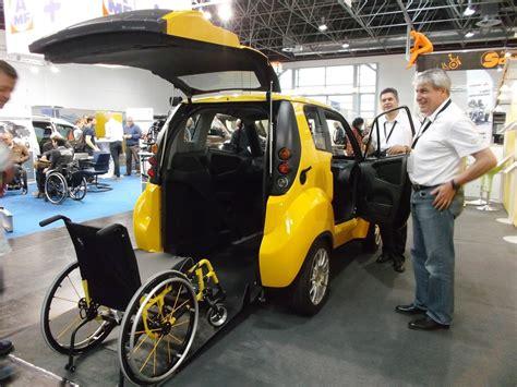 kenguru la voiture 233 lectrique 224 conduire de fauteuil roulant faire toute l