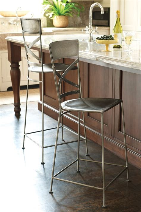 kitchen island stool height 17 best ideas about cool bar stools on