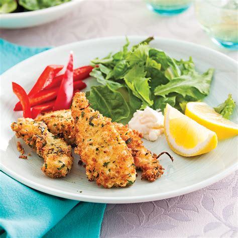volaille en cuisine doigts de poulet en croûte de parmesan et citron recettes cuisine et nutrition pratico