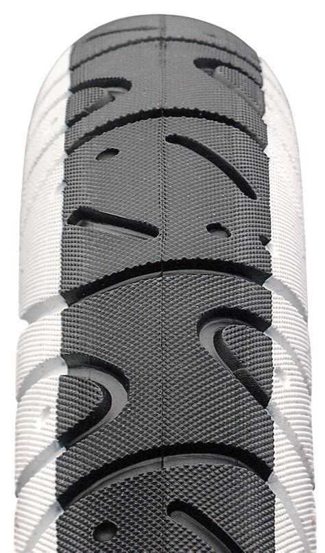 maxxis hookworm tire tire reviews comparisons specs
