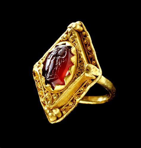 anglo saxon gold ring  century intaglio  ancient